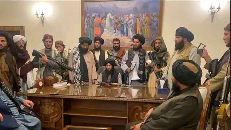 Taliban meets Afghan political figures, assures security