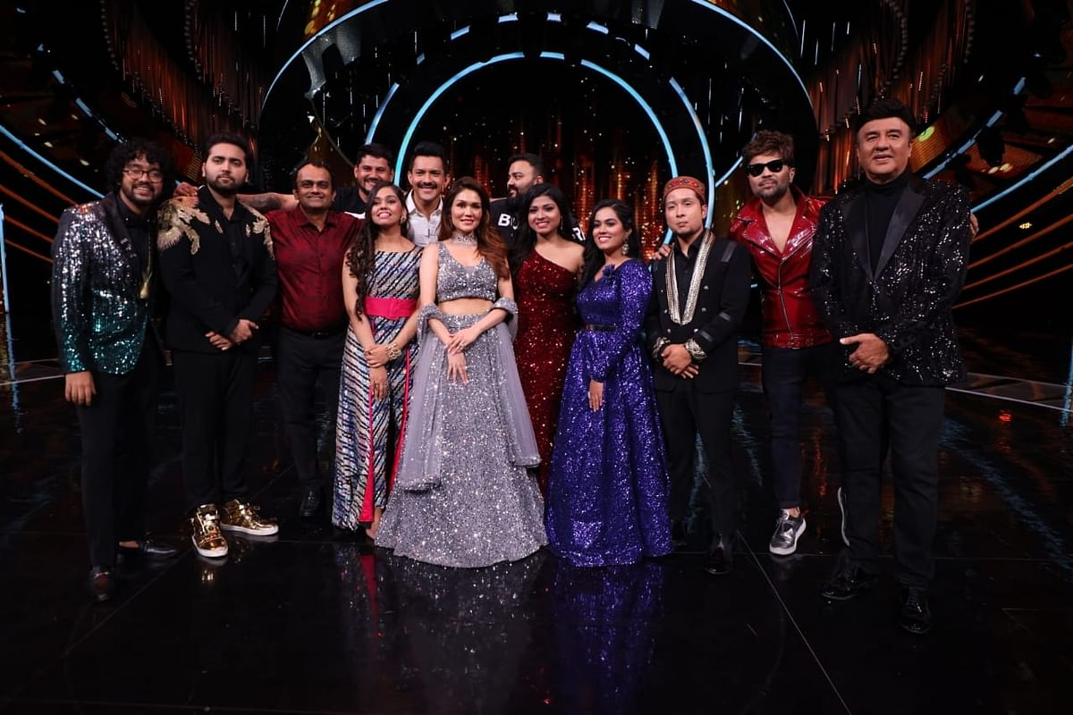 Indian Idol 12 finalists with the judges, host and others, at the end of the finale, in Mumbai on August 15, 2021.