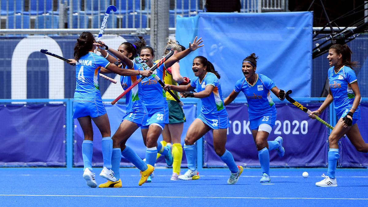 """""""Impossible is nothing"""": Indian Women's Hockey Team beat Australia to enter Olympic semi-finals"""