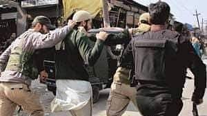 Cop killed in terrorist firing at Kulgam in Kashmir