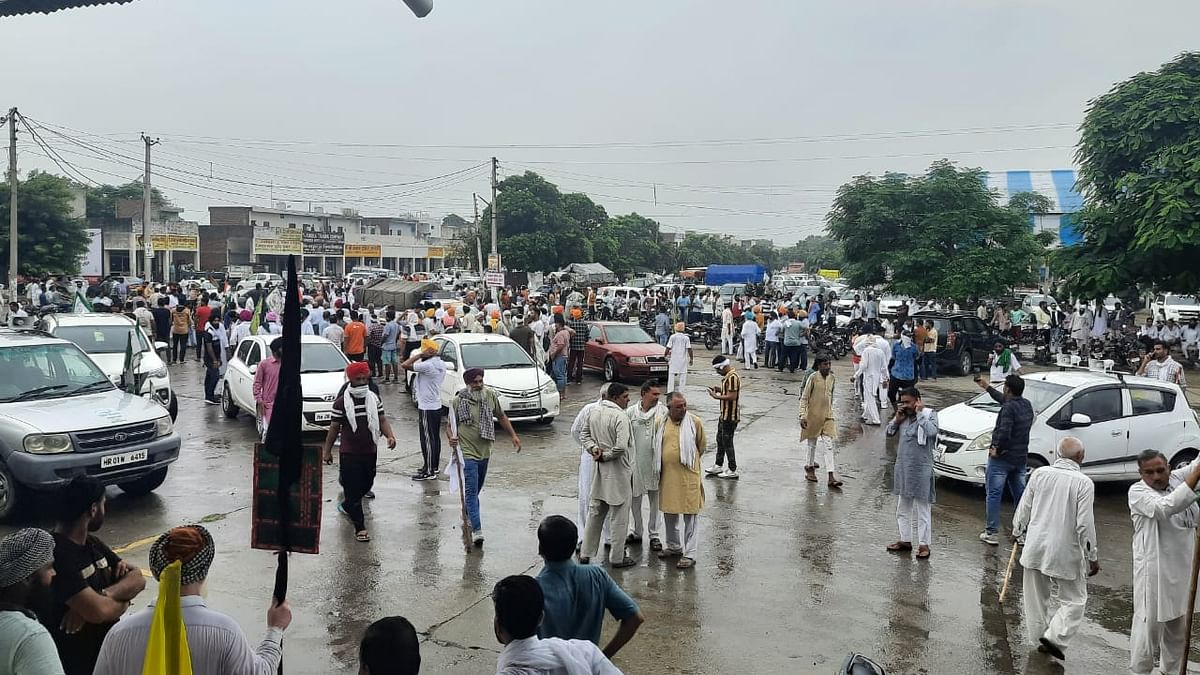 Farmers march to Karnal secretariat after inconclusive meeting with DC