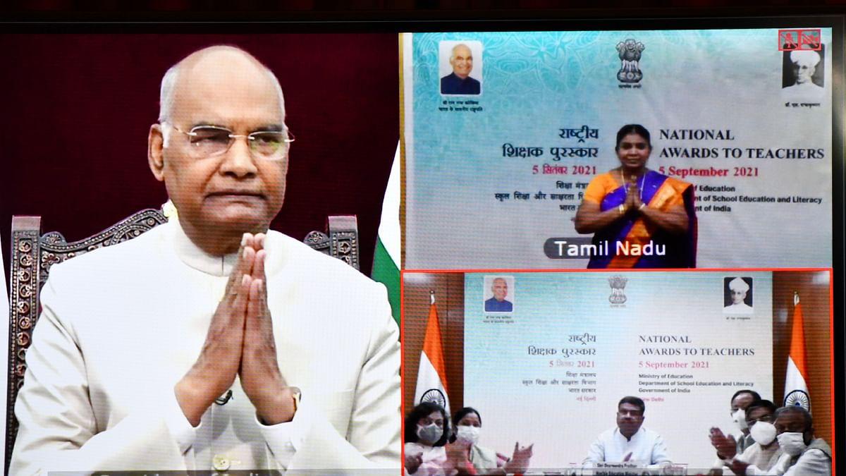 Kovind confers National Awards on Teachers