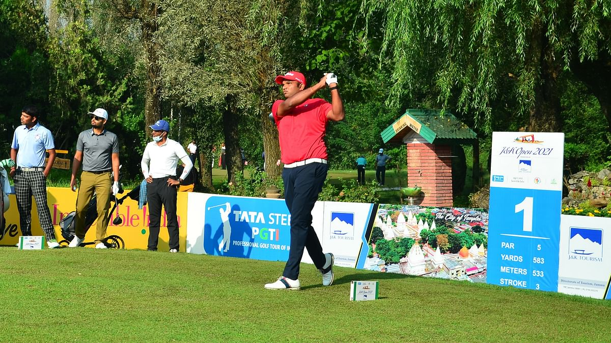 Udayan Mane shoots 65 to take first-round lead at J&K Open