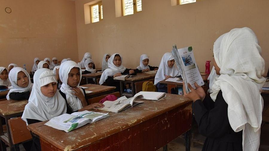 Afghan girls return to schools in three provinces