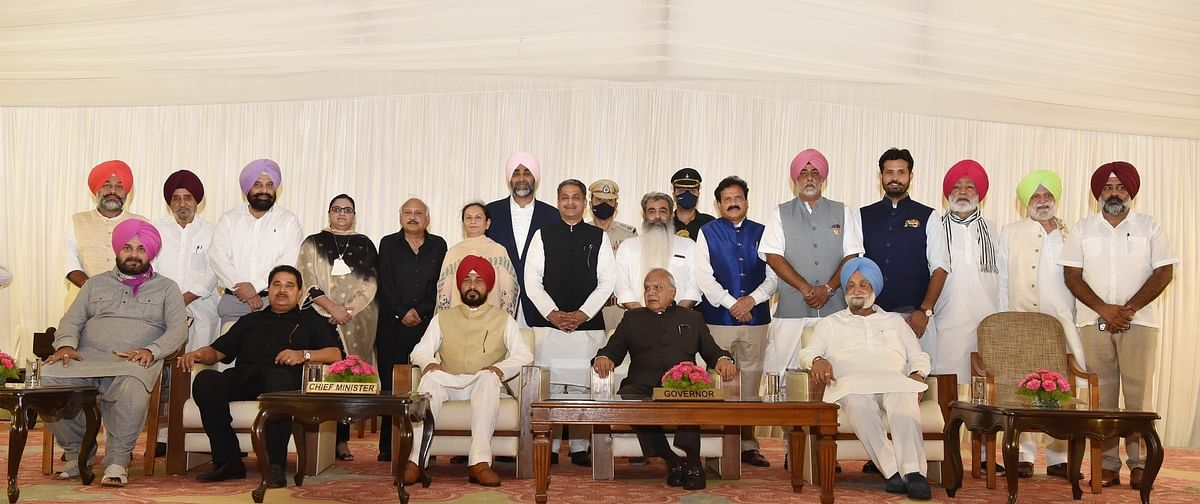 Punjab: Channi inducts 15 more ministers, including six first-timers