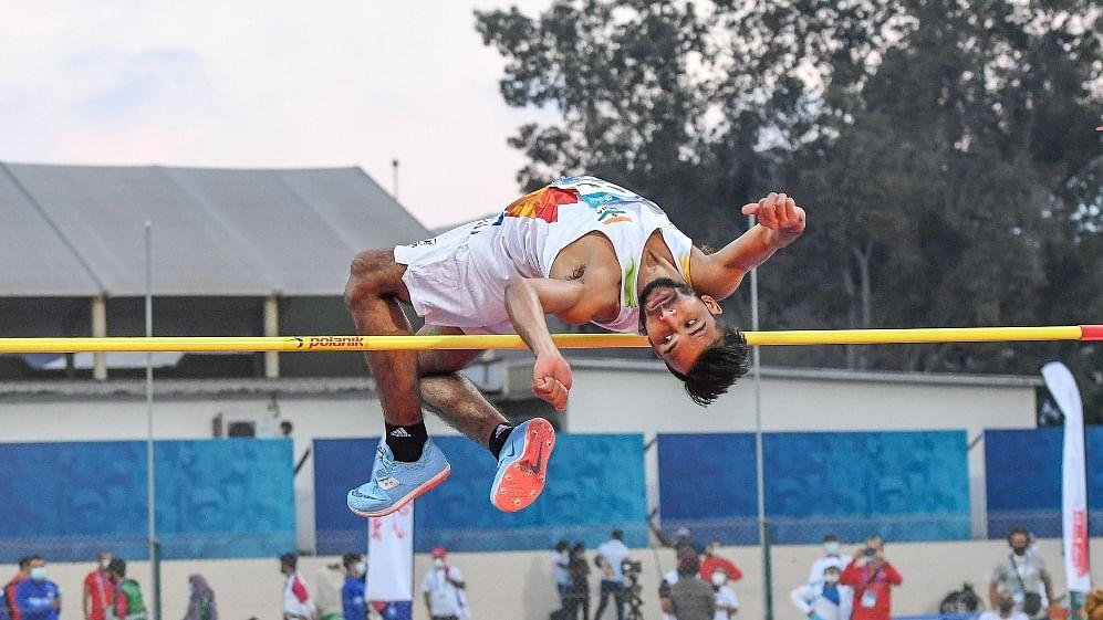 Paralympics: Praveen Kumar wins silver in men's high jump T64