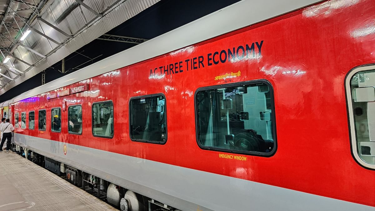 New 3AC Economy coach begins services in Prayagraj-Jaipur Express