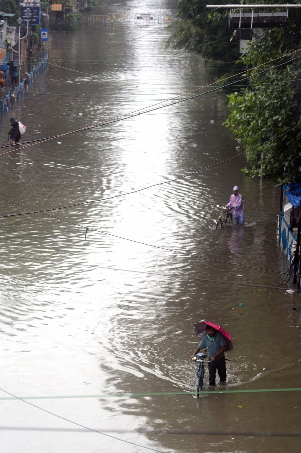 Central government reviewing Kerala's flood situation: Shah