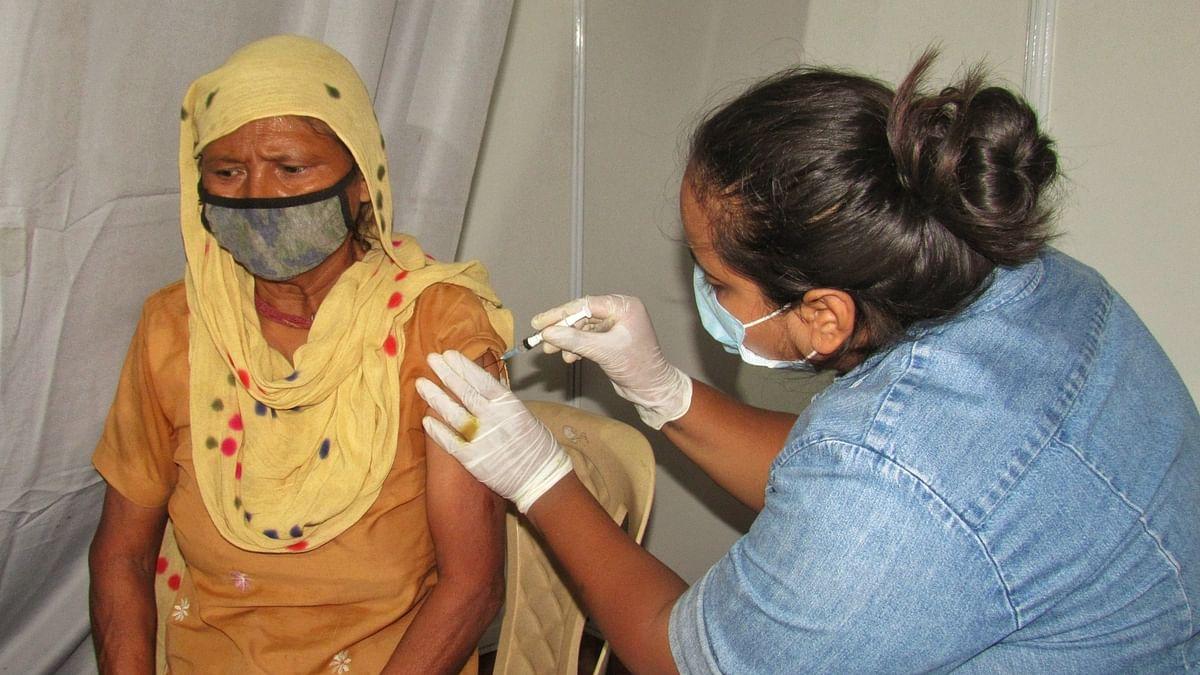 India crosses one-billion milestone in COVID-19 vaccine doses