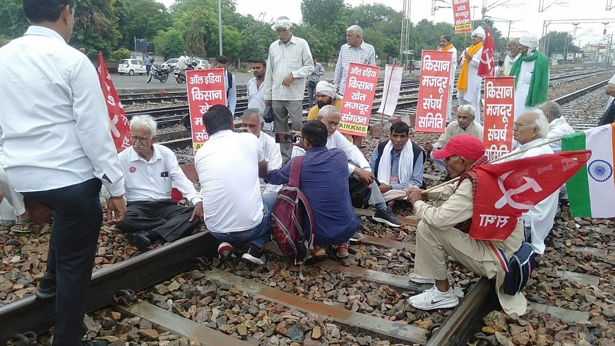 Protesters sit on rail tracks in Punjab, Haryana; commuters hit