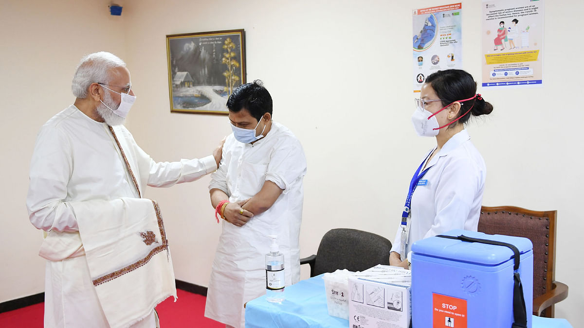 Modi thanks doctors, nurses, other professionals for crossing 100 crore COVID vaccinations