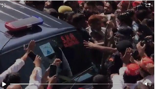 Akhilesh, Ram Gopal, Shivpal Yadav arrested in Lucknow