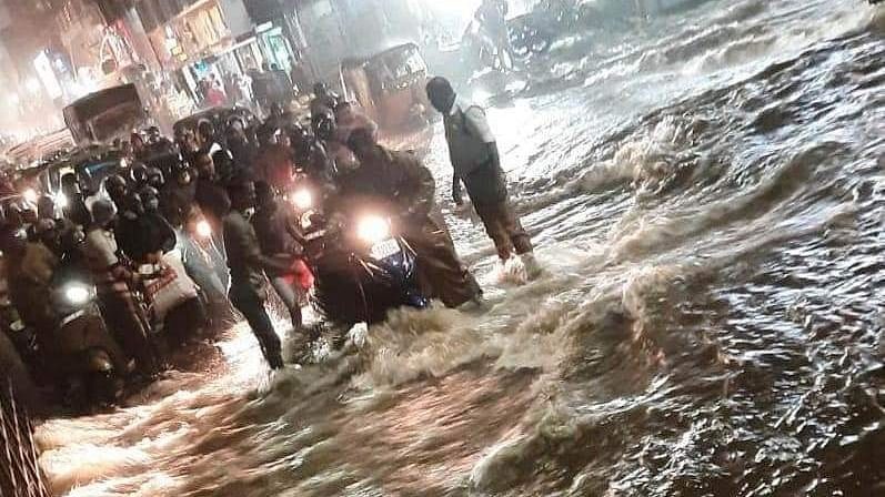Heavy rains batter Hyderabad, inundate low-lying areas