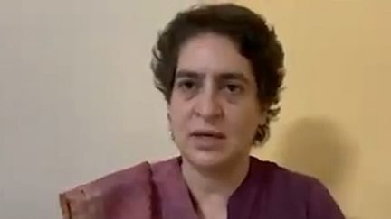 Priyanka Gandhi arrested, kept in PAC guesthouse