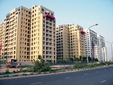 Private real estate sector must be encouraged to participate in Pradhan Mantri Awas Yojana