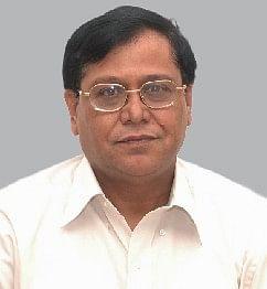 Dr. V K Saraswat