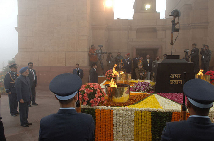 Prime Minister Manmohan Singh laid a wreath at Amar Jawan Jyoti, India Gate during the 61st Republic Day Parade-2010, in New Delhi on January 26, 2010.