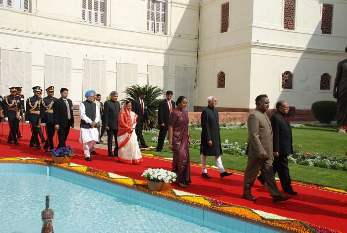 President Pratibha Patil being led in a ceremonial procession to the Central Hall of Parliament House to address the Members of both the Houses of Parliament on Budget Session, in New Delhi on February 22, 2010. The Speaker, Lok Sabha Meira Kumar, the Vice President and Chairman Rajya Sabha, Hamid Ansari, the Prime Minister, Manmohan Singh, the Union Minister for Parliamentary Affairs and Water Resources, Pawan Kumar Bansal and other dignitaries are also seen.