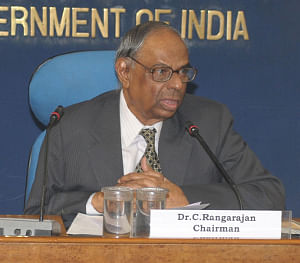 Dr C Rangarajan, Chairman, Economic Advisory Council to the Prime Minister, addressing a press conference on 'Economic Outlook 2010-11', in New Delhi on July 23, 2010.