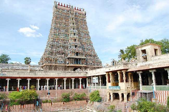A view of World-renowned Sri Meenakshi Sundareswarar Temple, in Madurai on March 11, 2011, which has been accorded the coveted ISO 9001:2008 certificate. UNI PHOTO