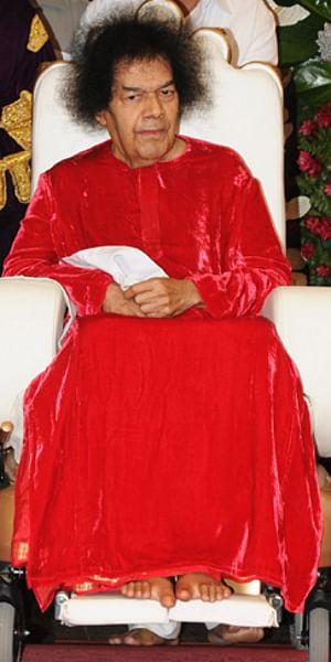 Sathya Sai Baba's health condition critical: doctors