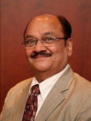 Dr Mahesh Desai