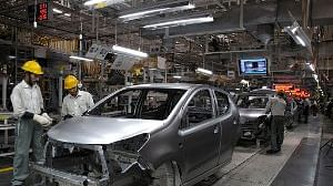 Auto sector's domestic sales still at historic lows, exports down