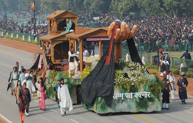 The tableau of Jammu & Kashmir on the theme 'Pashmina: Linking Tradition with Technology' passes through Rajpath during the full dress rehearsal for the Republic Day Parade-2013, in New Delhi on January 23, 2013.