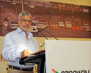 Electronic toll collection on all national highways by March 2014: Joshi