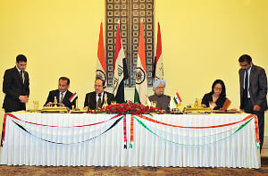 Prime Minister Manmohan Singh addressing a joint press conference with his Iraqi counterpart Nouri al-Maliki in New Delhi on August 23, 2013.