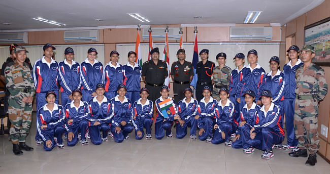 The NCC Girl Cadets Expedition to Mount Shitidhar, Manali (HP), being flagged-off, in New Delhi on September 9, 2013.