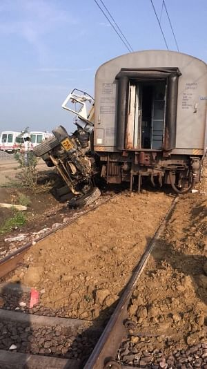 21 injured as 12 coaches of Kaifiyat Express derail in Auraiya district of UP