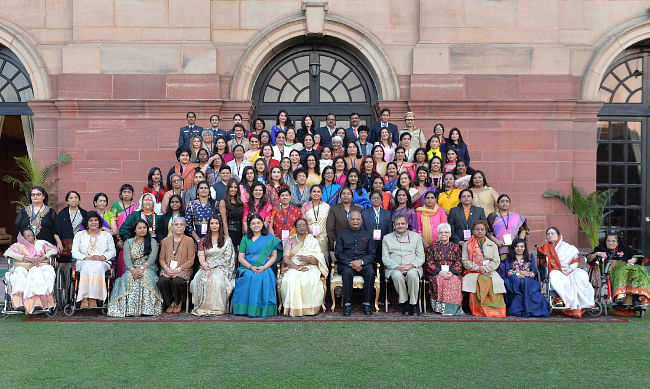 President Ram Nath Kovind with Women Achievers honoured by the Ministry of Women and Child Development at Rashtrapati Bhavan in New Delhi, on January 20, 2018. Minister for Women and Child Development Maneka Gandhi is also seen.