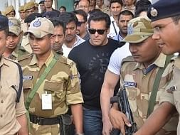 Actor Salman Khan arrives to appear before Jodhpur's Chief Judicial Magistrate Rural Court in connection with the hearing in the black buck poaching case, on April 4, 2018.