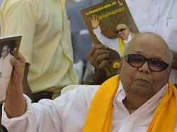 Karunanidhi laid to rest on Marina by his mentor's side