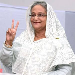 Bangladesh Prime Minister Sheikh Hasina flashes a victory sign after casting her vote at a polling station in Dhaka, on December 30, 2018 in the country's general elections. (Xinhua/PID/IANS)