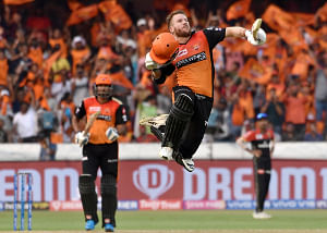 Sunrisers Hyderabad's David Warner celebrates his century during the 11th IPL 2019 match between Sunrisers Hyderabad and Royal Challengers Bangalore at Rajiv Gandhi International Stadium in Hyderabad on March 31, 2019. (Photo: IANS)