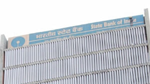 SBI logs 4-fold jump in Q4 net profit at Rs 3,581 cr