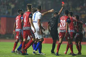 ISL: Ten-man Jamshedpur FC edge past Odisha FC 2-1 in thrilling tie