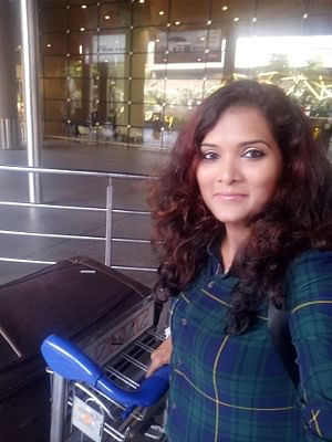 Geeta Mali, in a selfie she posted on her Facebook page on her arrival at the Mumbai airport on November 14, 2019, shortly before she died in a road accident on the way to her home in Nashik with her husband Vijay Mali.