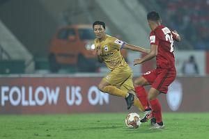 Football: First-half goal-feast as Mumbai hold NorthEast 2-2 in ISL