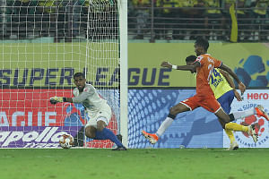 Football ISL: Injury-time goal sees Goa rescue a point in Kerala
