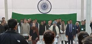 CAA: Gandhis, Manmohan Singh launch 'Satyagraha' at Rajghat