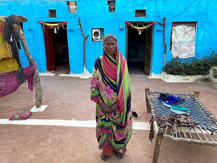 Jamuna's son has contracted a respiratory disease. She is worried he might die.