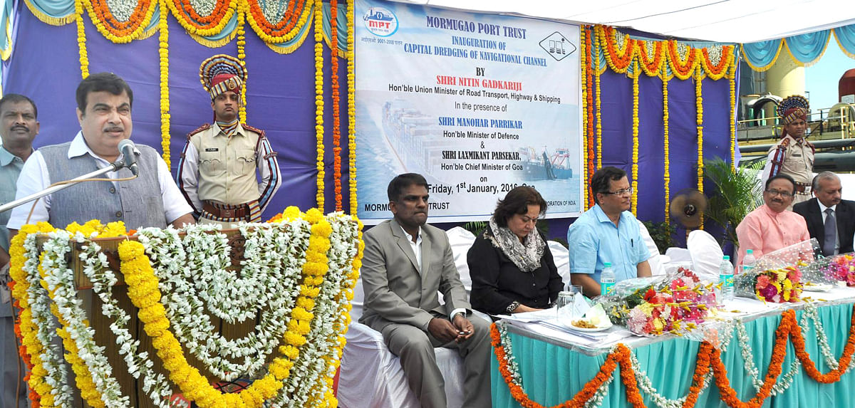Nitin Gadkari inaugurating the project in 2016. Source: Ministry of Shipping