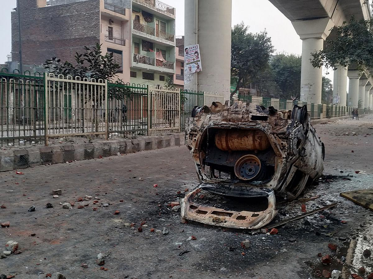 दिल्ली के अमन को कैसे लगी नफ़रत की नज़र