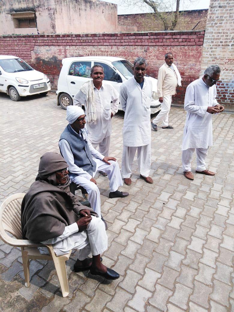 Dalit elders in Bhatla.