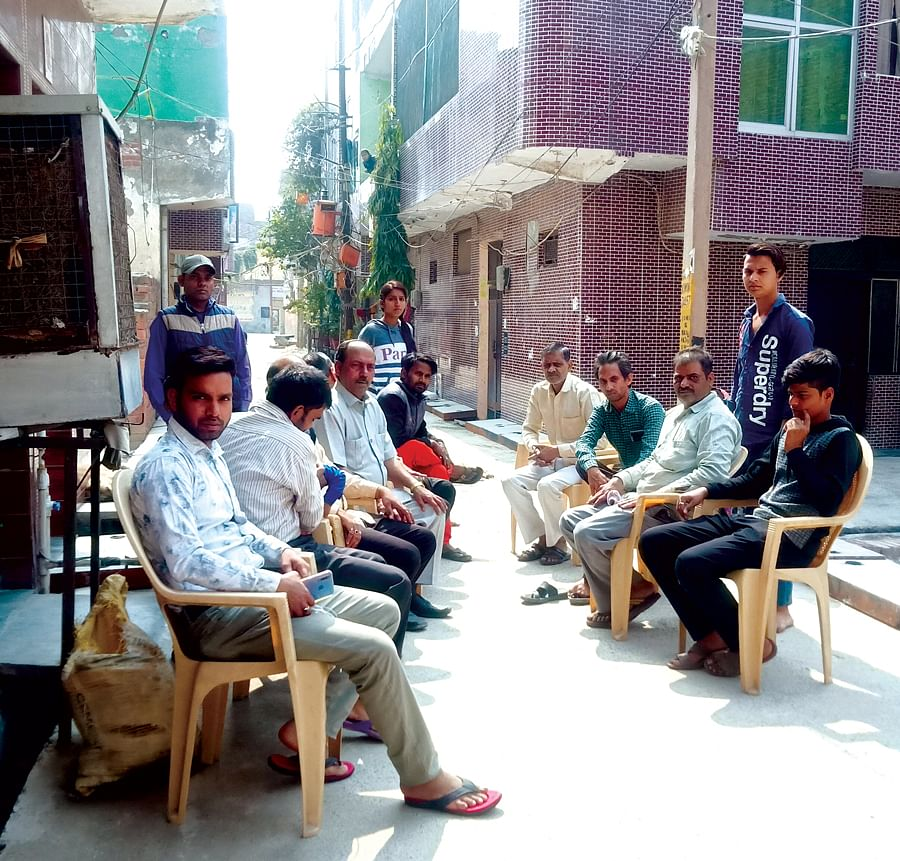 Residents of Gali No 1, East Kamal Vihar.