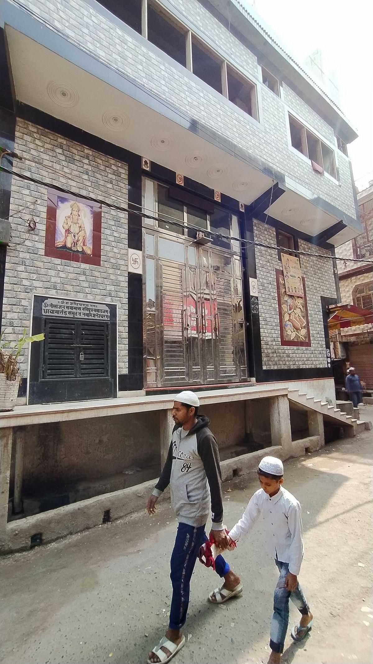 नेहरू नगर में सुरक्षित मंदिर