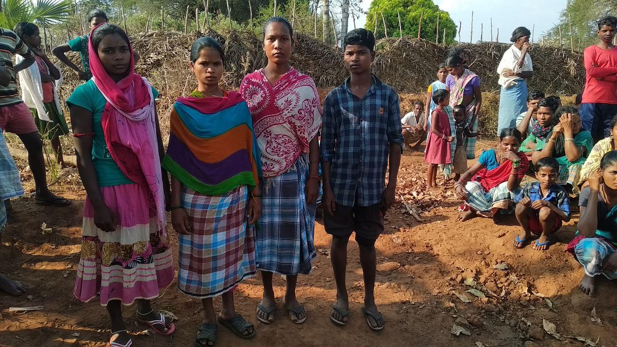 यह सभी बच्चे जिन्हें मोहन भास्कर की हत्या मामले में पूछताछ के लिए पुलिस ने  हिरासत में लिया था